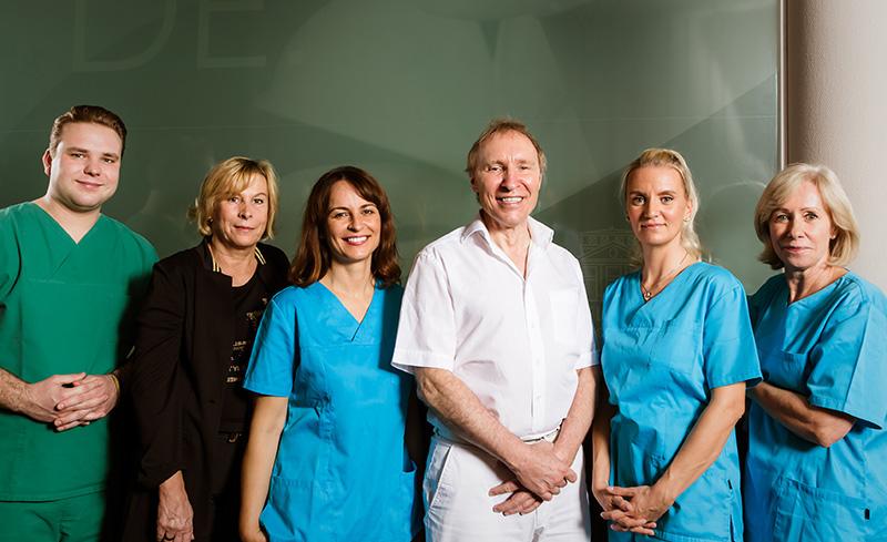 Team der Klinik am Wittenbergplatz von Prof. Dr. Frank-Werner Peter, Plastischer Chirurg und Schönheitschirurg