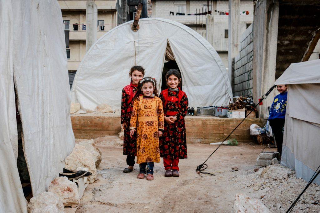 Kinder in Krisengebieten - placet e.V. hilft durch Operationen von Terroropfern